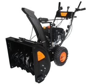 Schneefräsen Test - Die FUXTEC Benzin Schneefräse SF210, überzeugt durch mehr Power